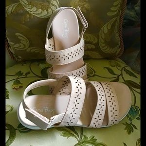 """Coral Bay pink sandal 1.5"""" heal rubber soles 8"""
